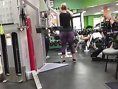 The Number 1 PAWG in the Gym!